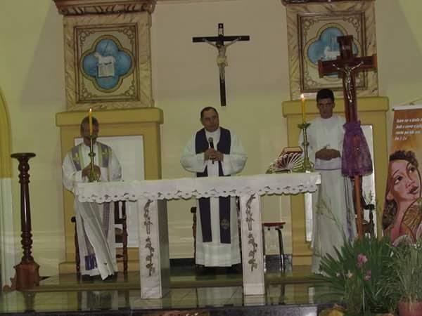 Dom Félix realiza vista pastoral na Paróquia Nossa Senhora do Carmo em Aimorés,MG