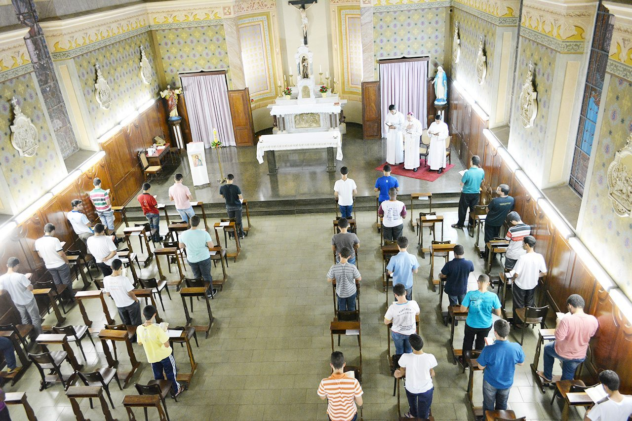 Dom Félix participa de Retiro Espiritual para os Seminaristas em Mariana