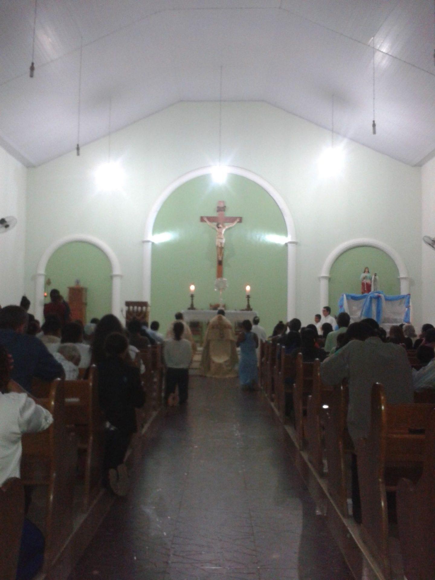 Paróquia Santa Luzia celebra Corpus Christi com missa e procissão em Mathias Lobato