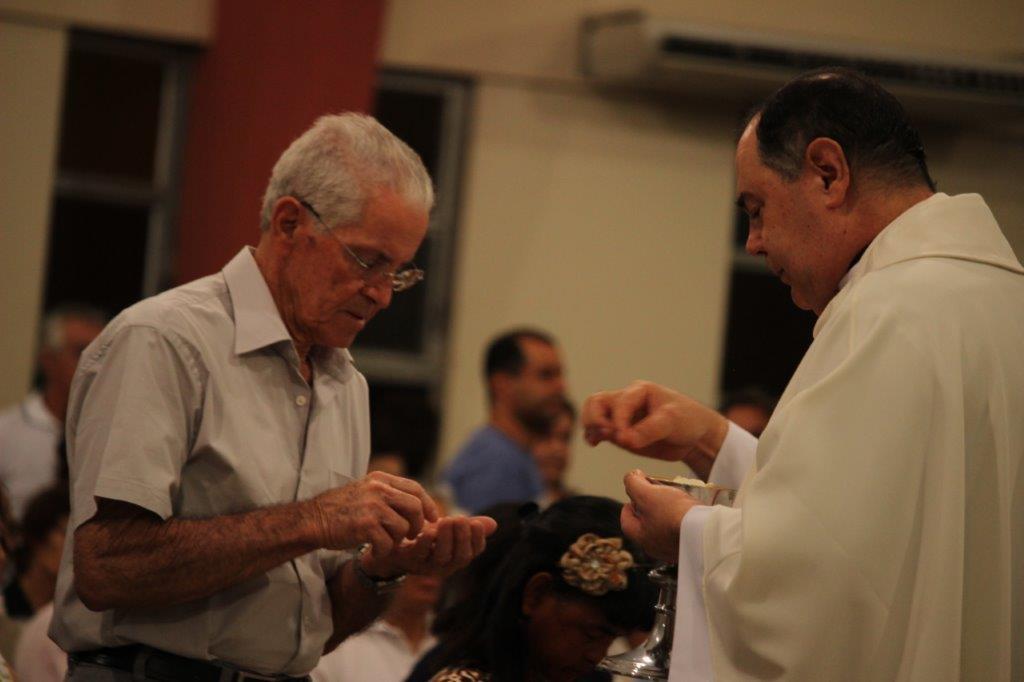 Dom Félix realiza visita pastoral na Paróquia Nossa Senhora de Lourdes