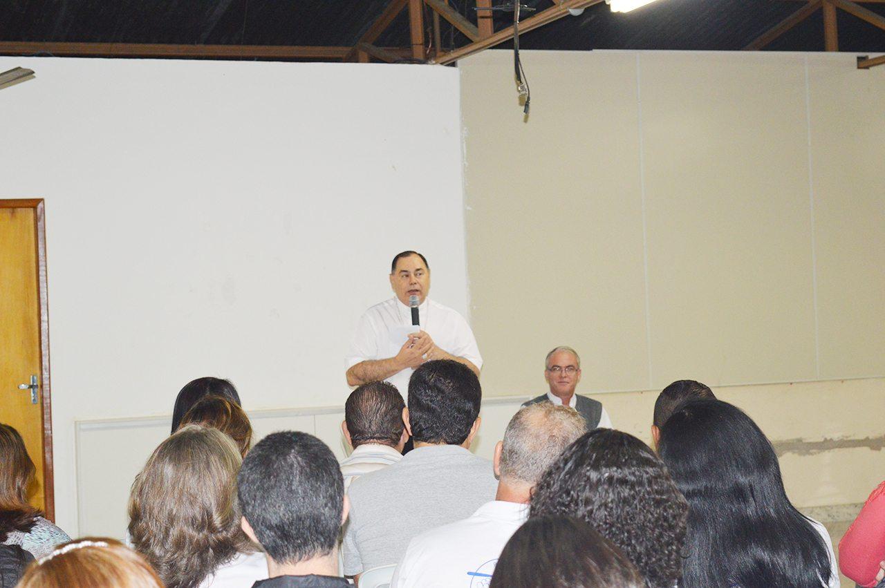 Dom Félix faz Visita Pastoral na Paróquia Nossa Senhora das Graças