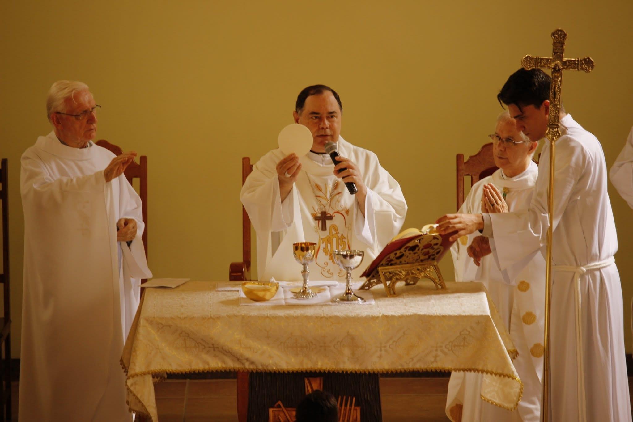 Padre Geraldo Hogervorst celebra 60 anos de vida presbiteral