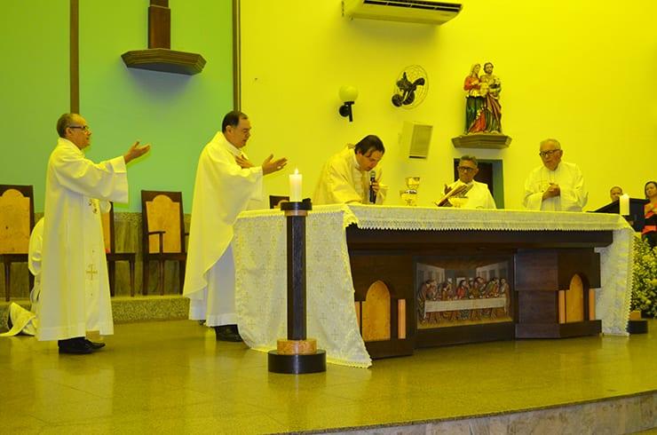 Padre Wladimir celebra 10 Anos de Vida Sacerdotal