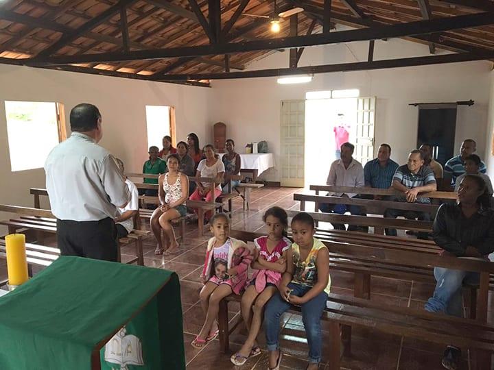 Dom Félix realiza Visita Pastoral na Paróquia Santa Luísa de Marilac