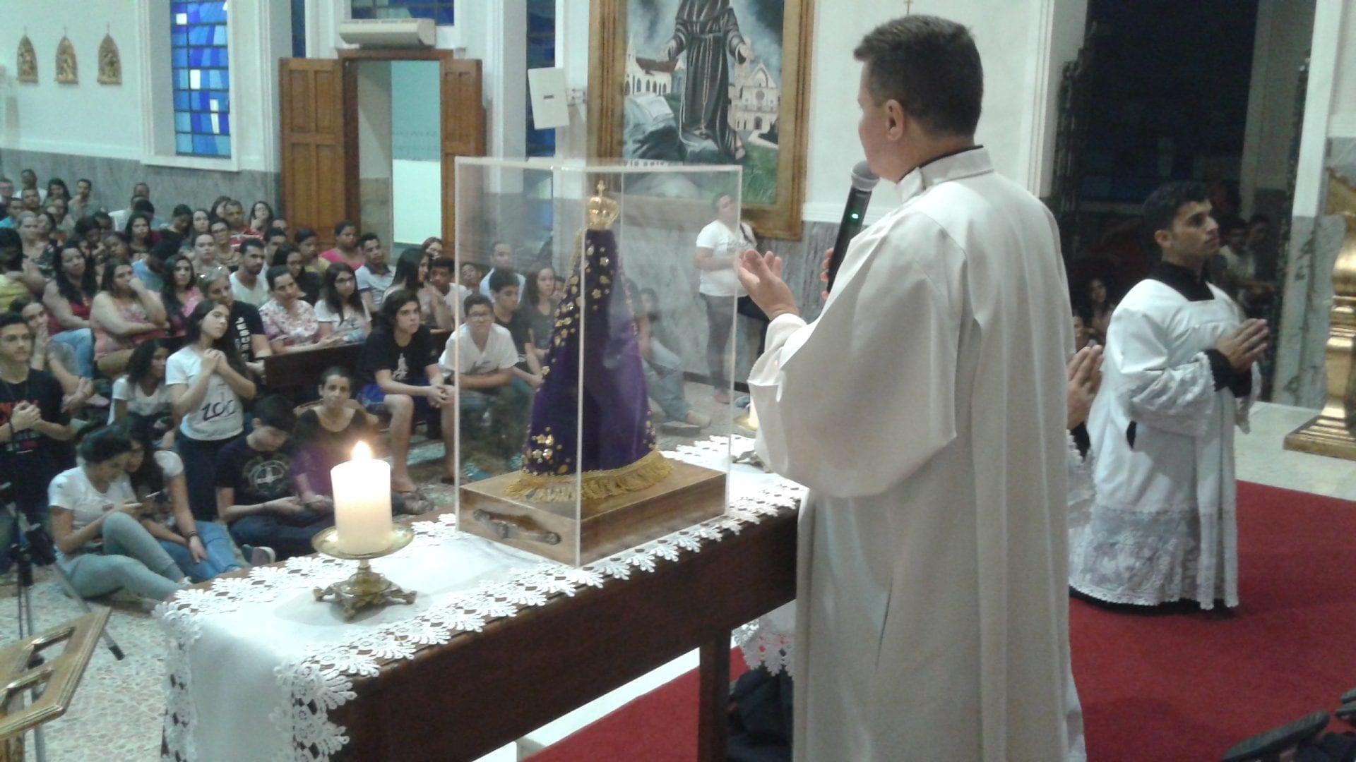 Terço dos Jovens na Catedral de Santo Antônio