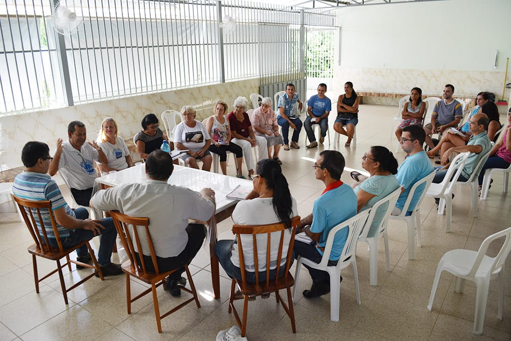 VISITA PASTORAL NA PARÓQUIA SÃO FRANCISCO XAVIER EM VALADARES