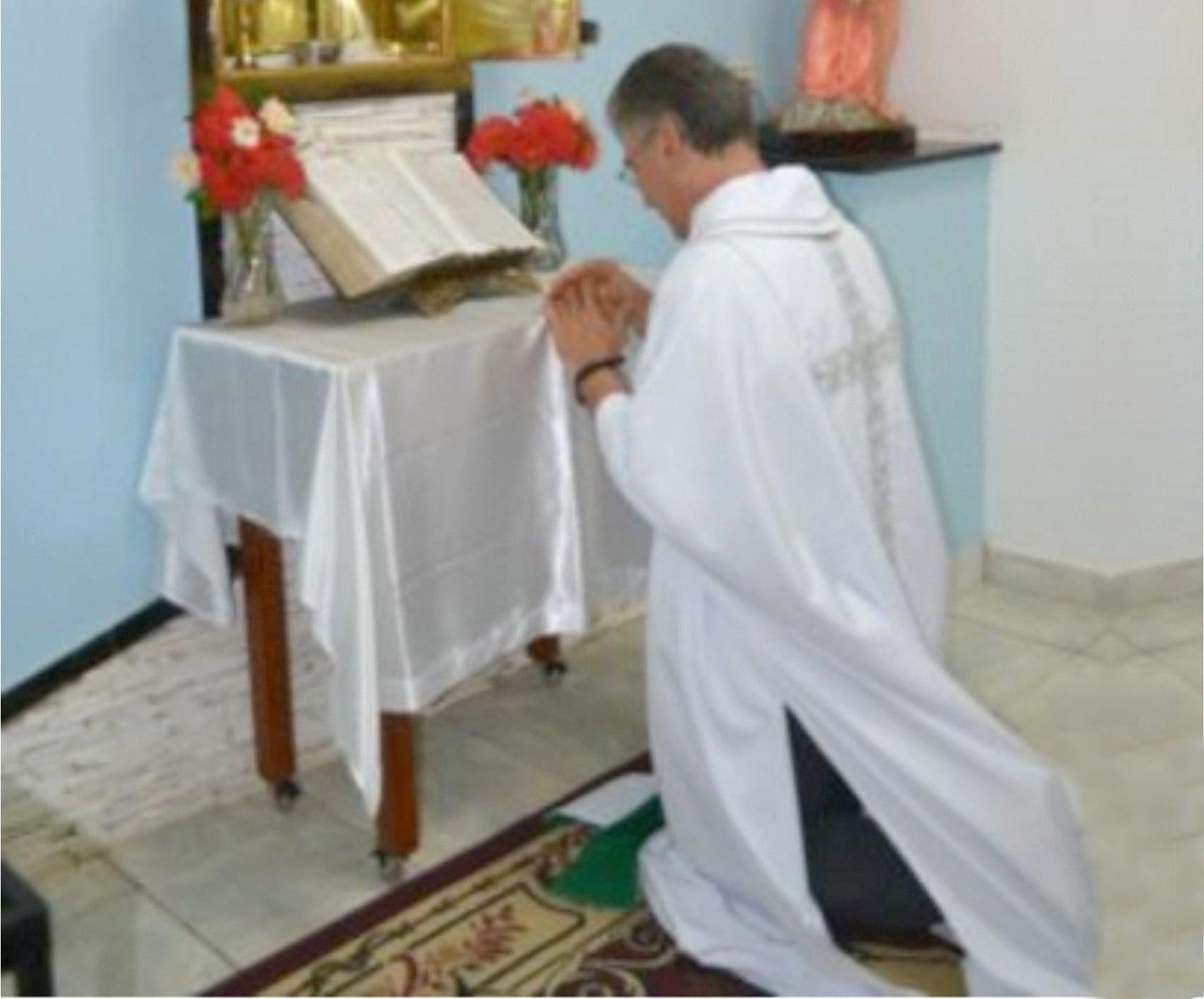 Padre José Neiva assume a Paróquia de Safira
