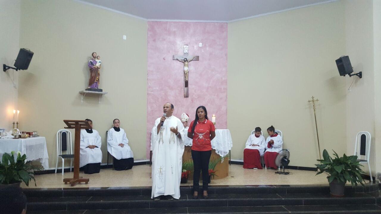 DOM FÉLIX REALIZA CRISMA NA COMUNIDADE DOS BERNARDOS 2