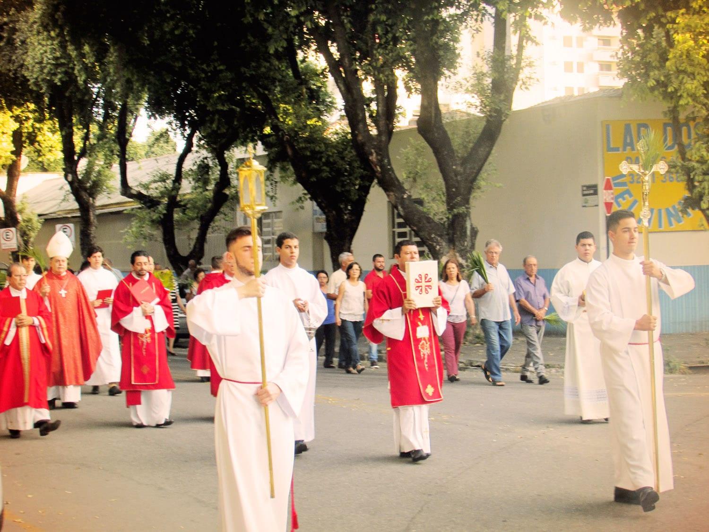 PROCISSÃO E MISSA DOS RAMOS E DA PAIXÃO NA CATEDRAL