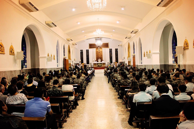 PÁSCOA DOS MILITARES NA CATEDRAL DE VALADARES