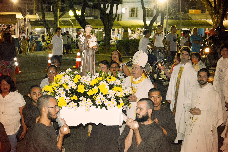 Missa comemorativa encerra a Trezena de Santo Antônio