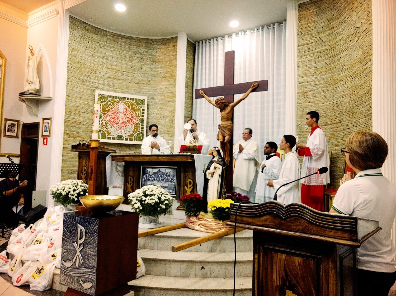 Festa da Padroeira na Paróquia Santa Rosa de Lima