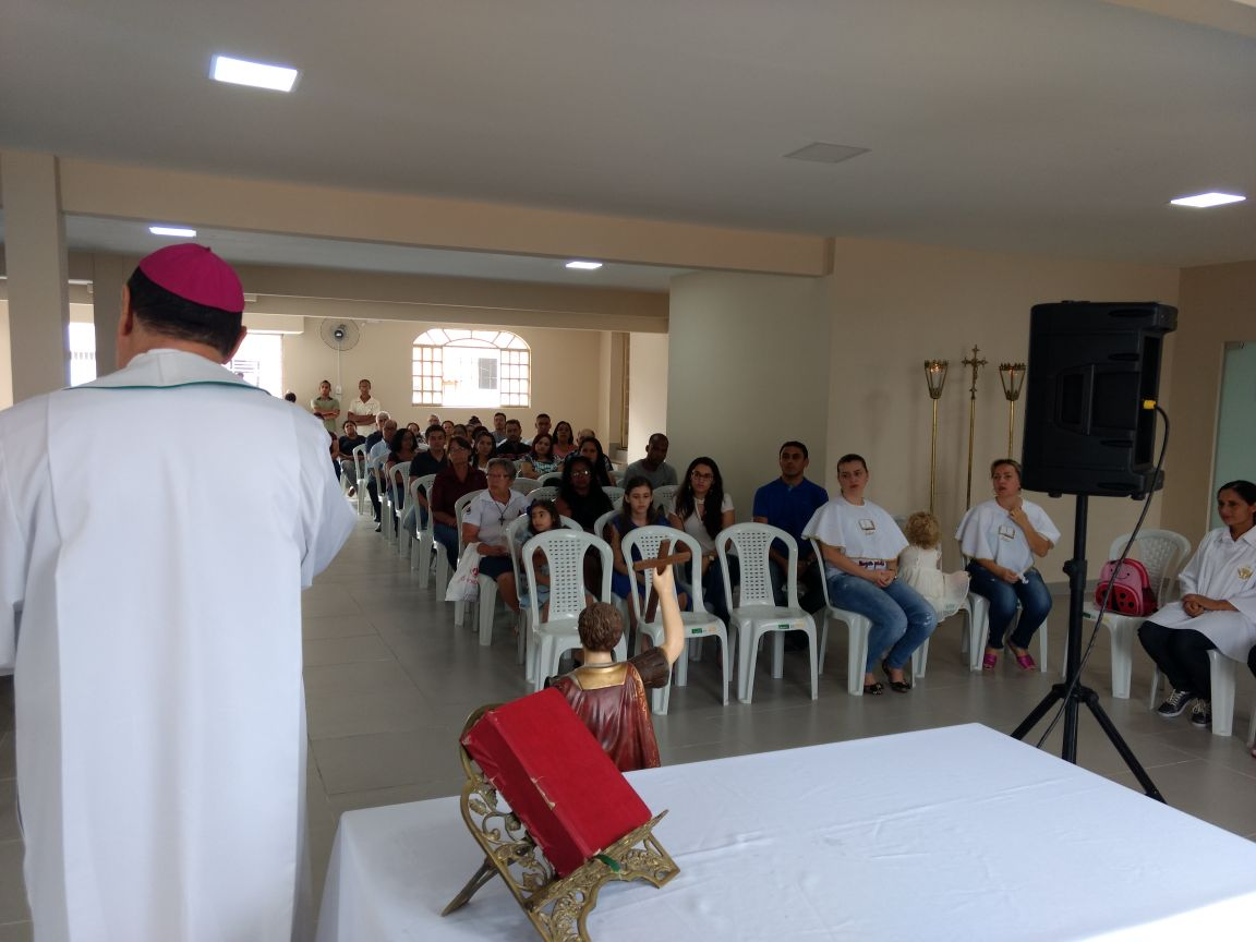 VISITA PASTORAL NA PARÓQUIA SÃO JOÃO XXIII EM VALADARES