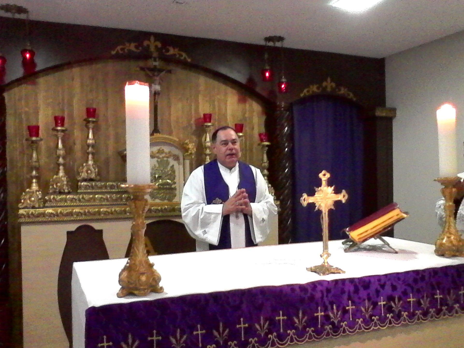 Dom Félix celebra Missa na Fraternidade O Caminho