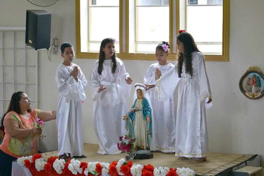 Dom Félix faz Visita Pastoral na Paróquia de Goiabeira