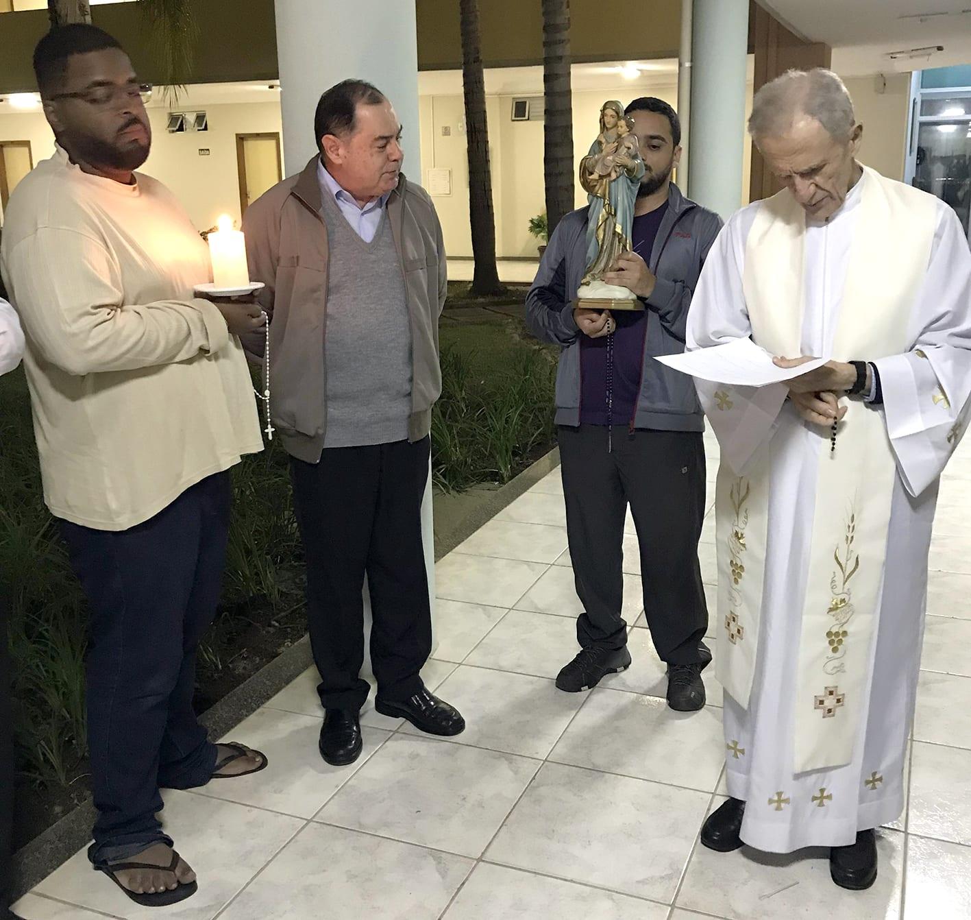 Clero de Valadares participa do Retiro Anual