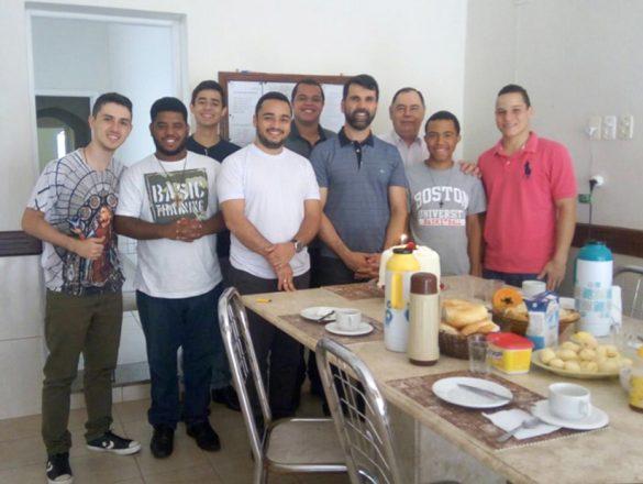 Padre Luiz Márcio comemora 8 Anos de Vida Presbiteral
