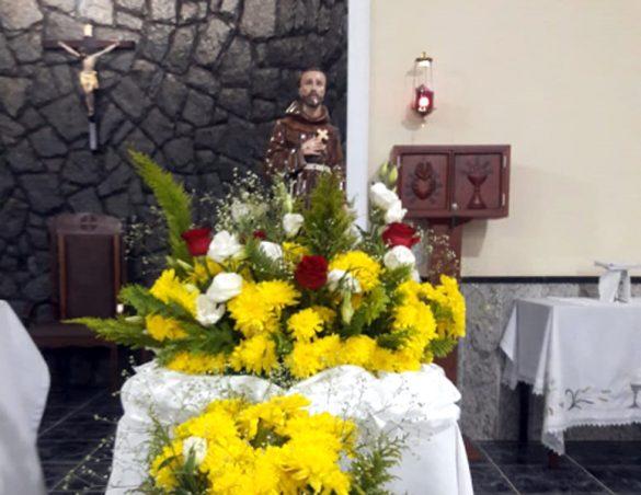 Missa na Festa de São Francisco na Vila do Sol