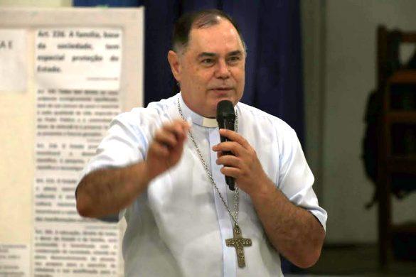 Dom Félix dá Palestra sobre Políticas Públicas