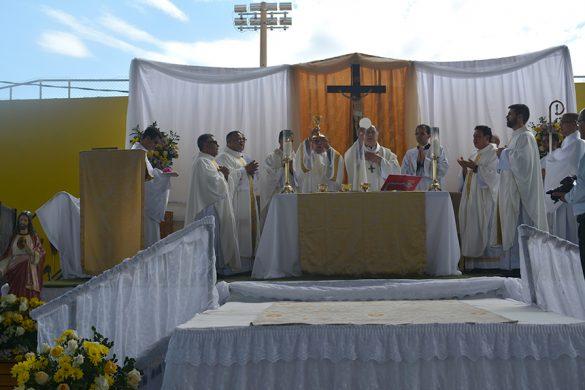 Ordenação Presbiteral do Diácono Irineu em Cuparaque