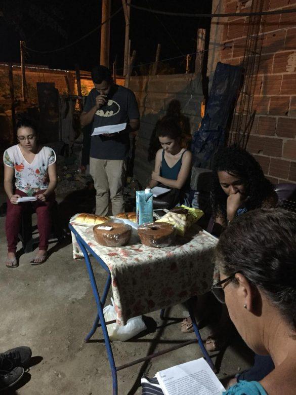 ATIVIDADES MISSIONÁRIAS DA COMUNIDADE ÁGAPE