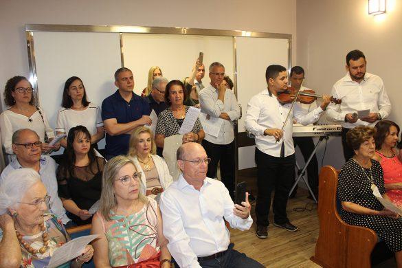 Dom Félix celebra na Capela do Hospital da Unimed