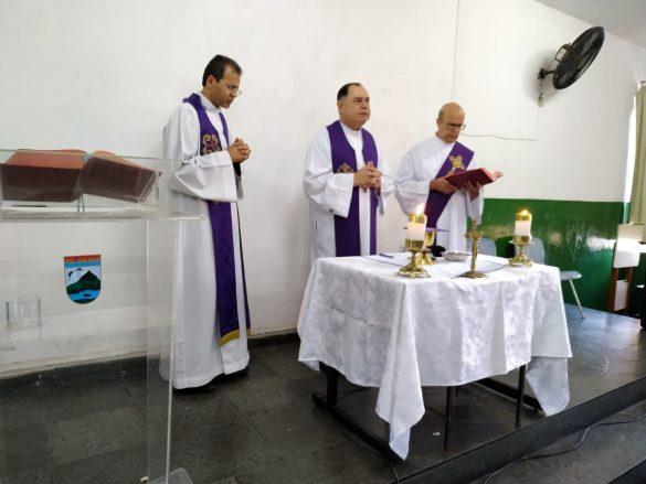 DOM FÉLIX CELEBRA MISSA NO TIRO DE GUERRA