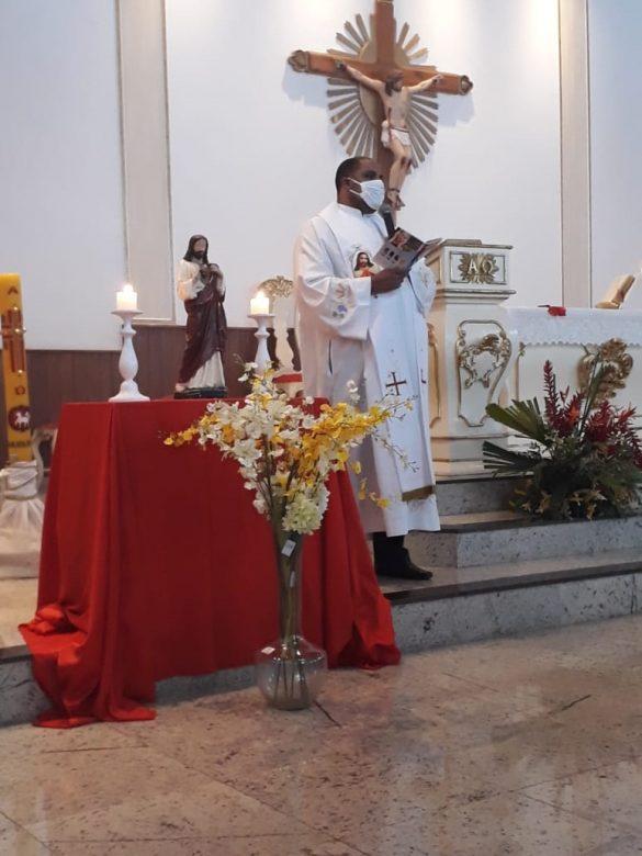 Missa do Sagrado Coração de Jesus em Safira
