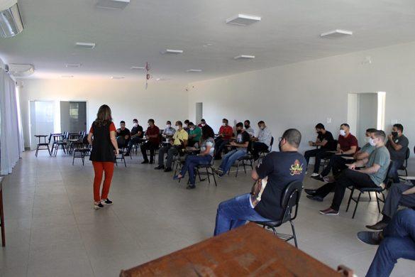 ENCONTRO DE FORMADORES E SEMINARISTAS NO CENTREL