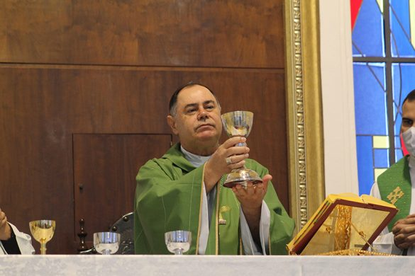 MISSA DE ABERTURA DA SEMANA DA FAMÍLIA NA CATEDRAL
