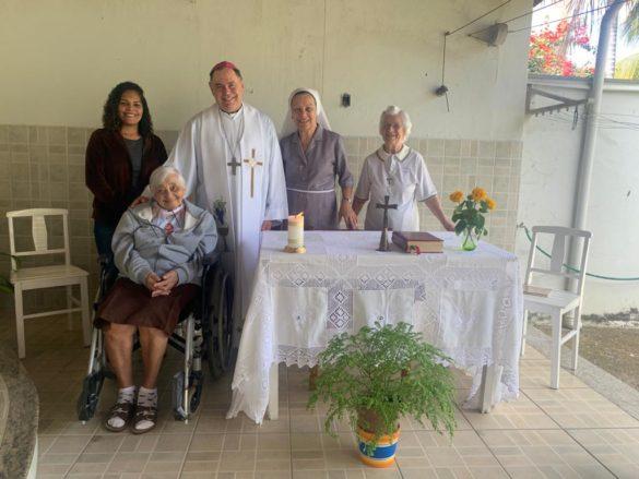 Missa na casa das Irmãs Clarissas Franciscanas