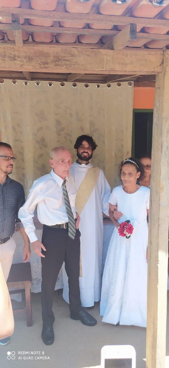 Santificação Matrimonial na Paróquia de Itanhomi