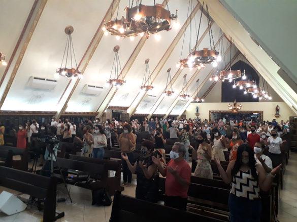 Novena e Festa da Padroeira na Paróquia da Ilha