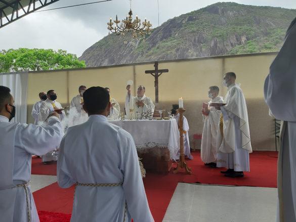 Ordenação Presbiteral do Diácono Lucas Aredes