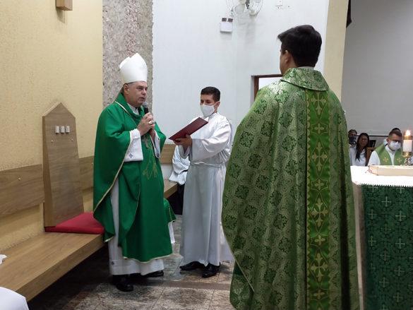 Posse de Padre Eduardo como Pároco da Santa Terezinha
