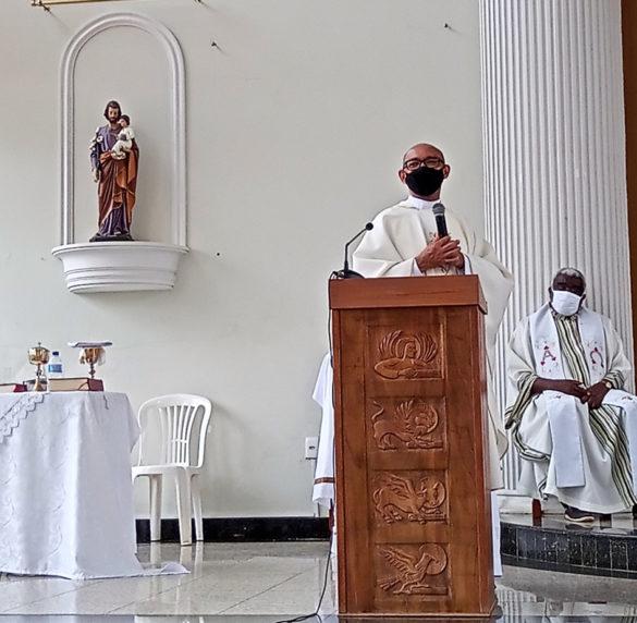 Posse de Padre Plácido como Pároco em Alpercata