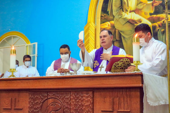 Missa da Festa do Padroeiro na Paróquia do SIR