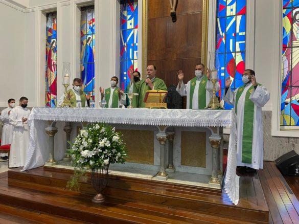 Missa em comemoração ao 1º Ano do Instituto Teológico