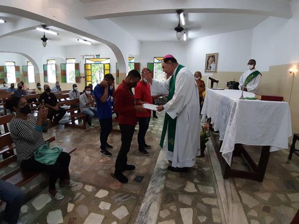 Dom Félix celebra Missa nas unidades da ADQF