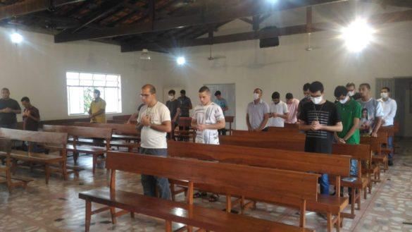 Seminaristas Diocesanos fazem Retiro Espiritual no Centrel