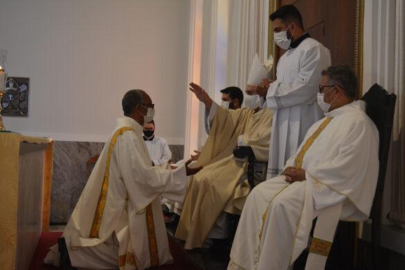 Missa da Unidade na Catedral de Valadares