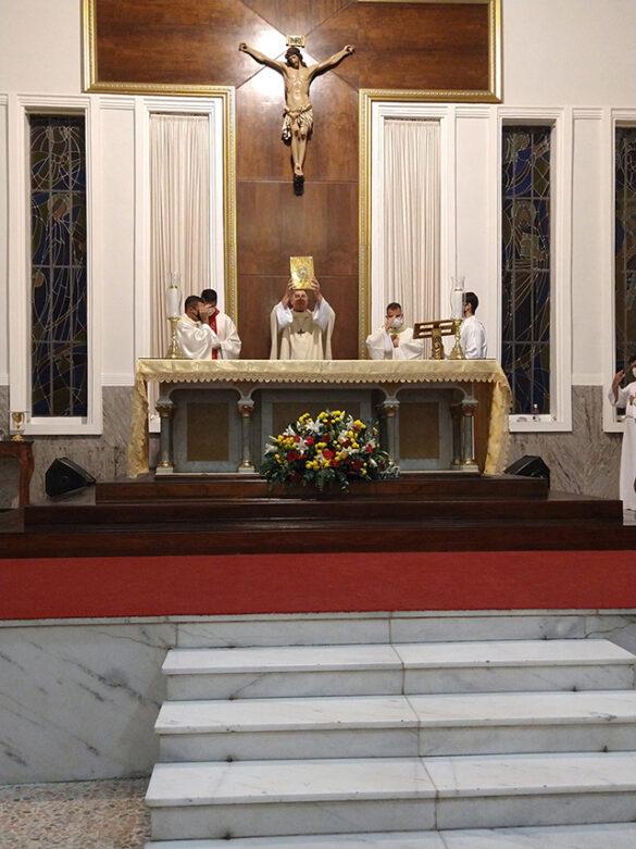 Solene Vigília Pascal na Catedral