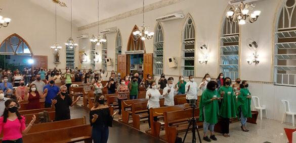 Missa na Paróquia Sant'Ana do Altinópolis