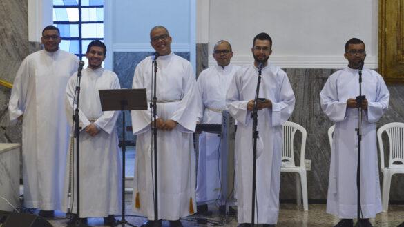 MISSA DE ABERTURA DO MÊS VOCACIONAL NA CATEDRAL