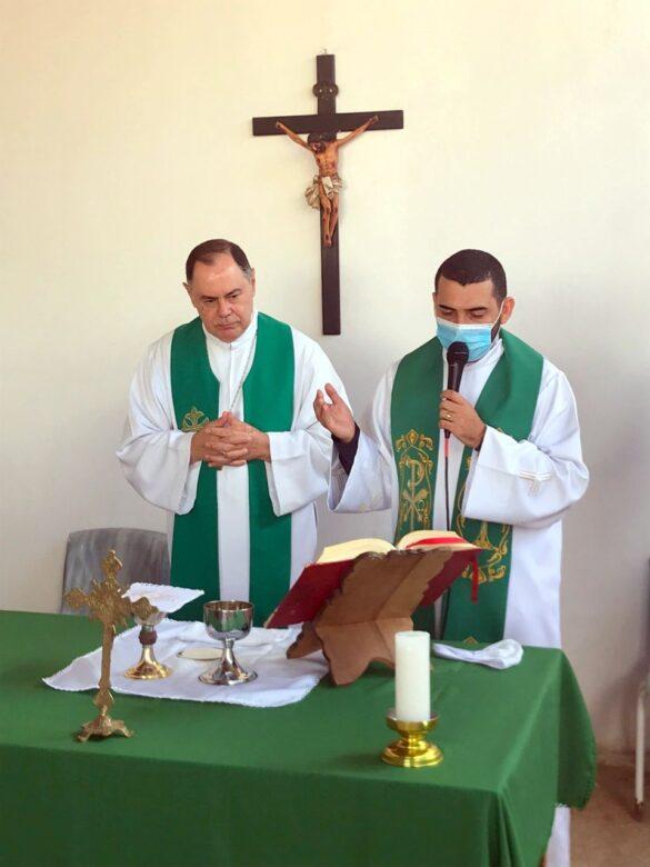 Dom Félix celebra na Comunidade Santo Expedito