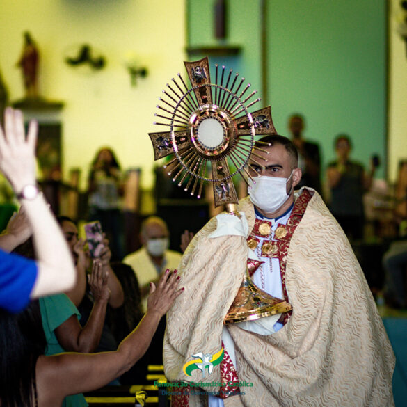 32° Cenáculo Diocesano da RCC VALADARES