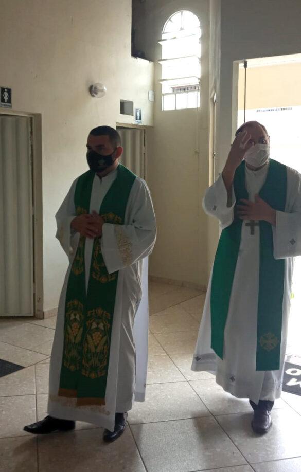 Dom Félix celebra Missa na Comunidade da Conquista
